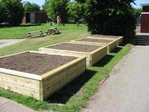 Large square planters