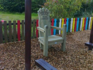 King Chalres chair